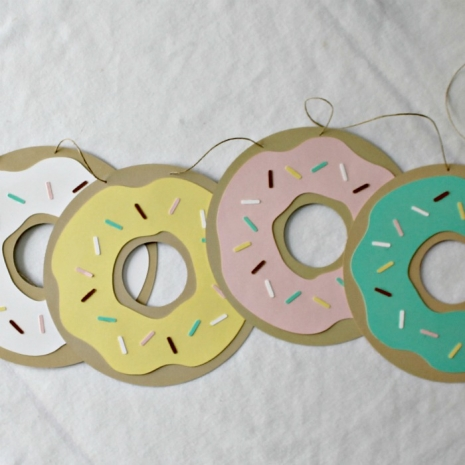 donut banner with white yellow pink and mint